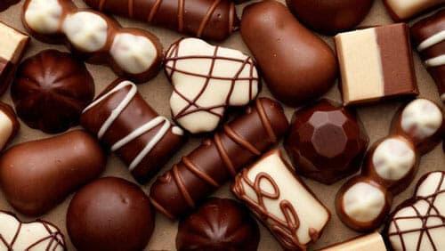 Cách làm socola từ bột ca cao nguyên chất – đơn giản dễ làm